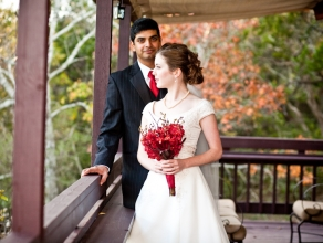 austin-imagery-couple-on-balcony